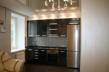 установили кухню и холодильник