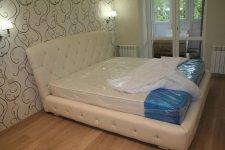 кровать с матрасом во вторую спальню